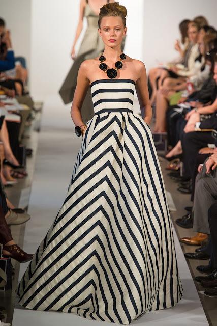 Dress Like the Stars: Oscar De La Renta Stripe Dress